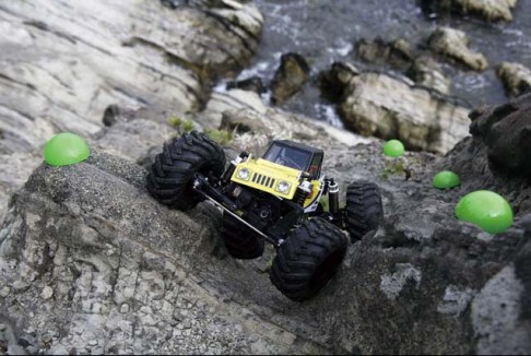 Kyosho Rock Force 2.2 crawlers