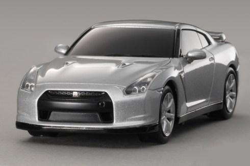 nissan-gt-r-r35-ultimate-metal-silver.jpg