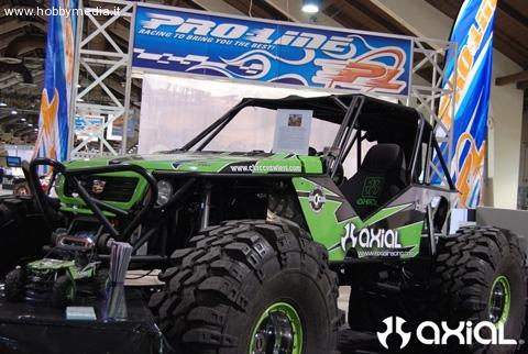 axial-real-size-crawler-car1