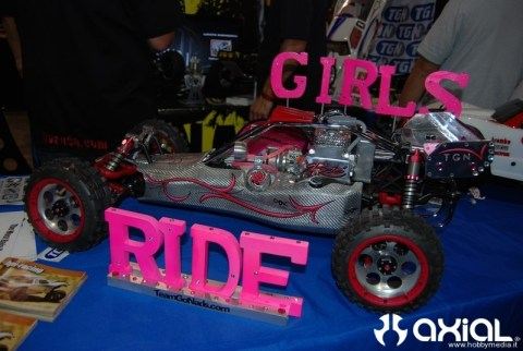 girl-ride-rc-cars