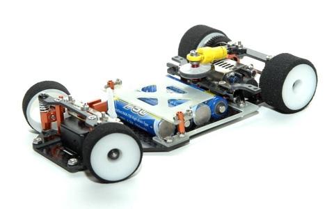 greyscale-mrcg11-pan-car1