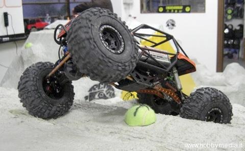 rcmad4x4x4-rc-rock-crawler