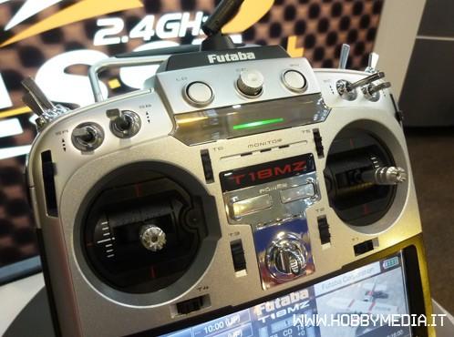 futaba-t18mz-radio-3