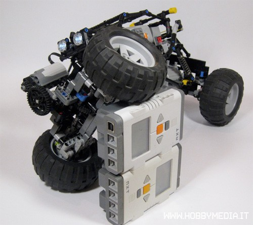 lego-little-boy-rc-car
