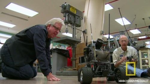automodello-robot-macchina-fotografica1