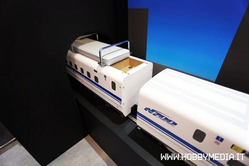 shinkansen-series-n700-os-locomotive-4