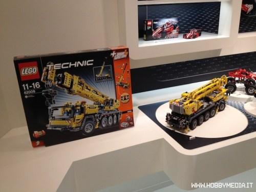 lego-technic-mobile-crane-mk-ii-42009