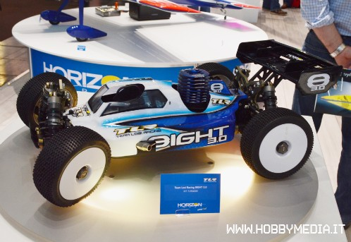 team-losi-8eight-1