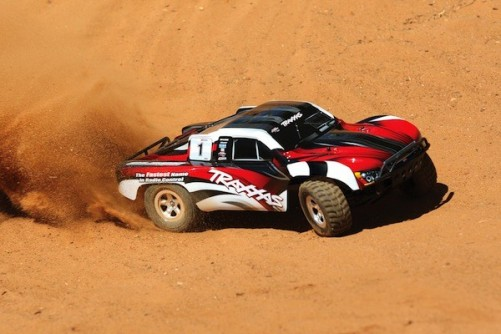 traxxas-red-slash-rc-cars-action