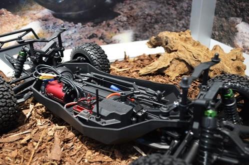 vaterra-ford-raptor-sc-horizon-hobby-toy-fair-2014-3
