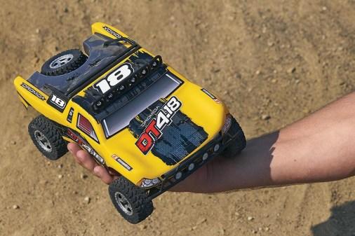 dt418-desert-truck-2