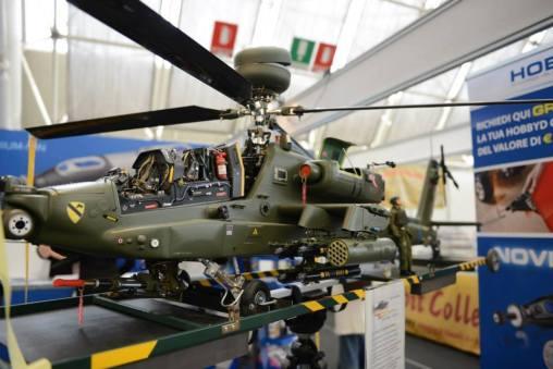hobby-model-expo-spring-edition-elicottero
