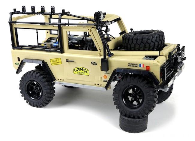 sariel-lego-land-rover-defender-90