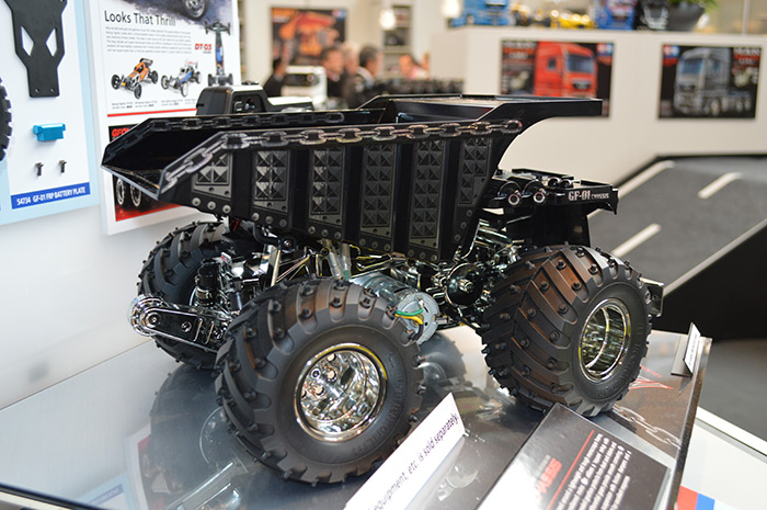 Tamiya-metal-dump-truck-toy-fair-2017 2