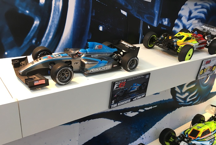 team associated f1 automodello spielwarenmesse 2017