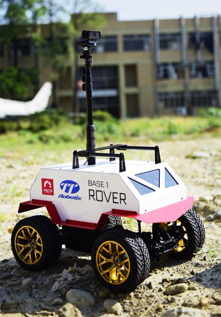 TTRobotix Base 1 Rover verticale