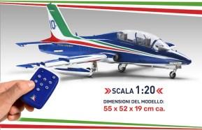 Frecce Tricolori: Costruisci l'Aermacchi MB339 - Hachette riporta il modellismo in edicola con una nuova raccolta a fascicoli