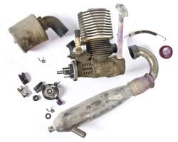 Come pulire il motore a scoppio degli automodelli RC
