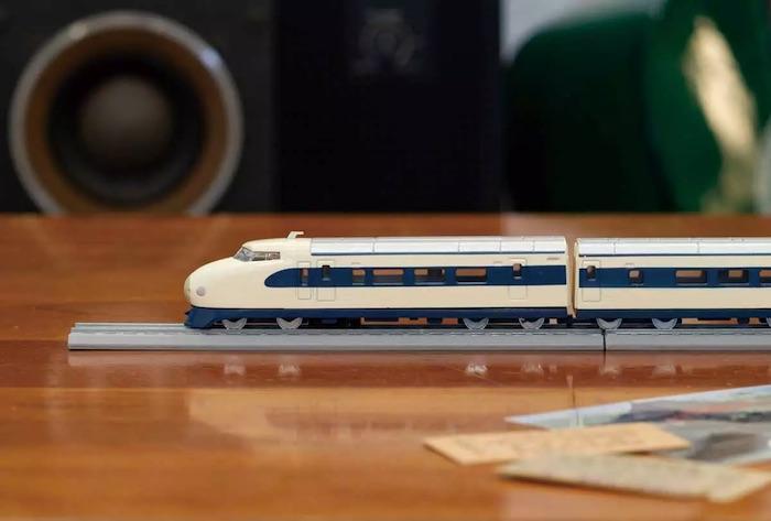 http://www.hobbymedia.it/85764/kyosho-entra-nel-mercato-del-modellismo-ferroviario