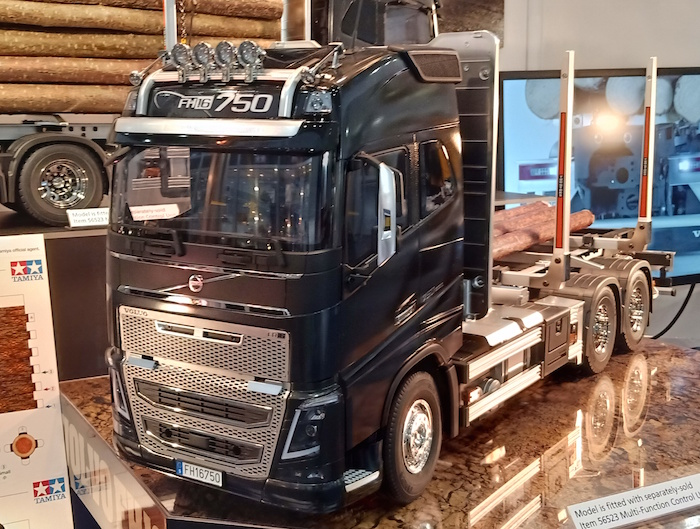 tamiya volvo fh16 globetrotter toy fair norimberga 2019. Black Bedroom Furniture Sets. Home Design Ideas