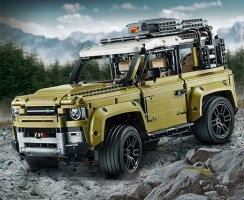 LEGO Technic: Land Rover Defender Review & Speed Build video