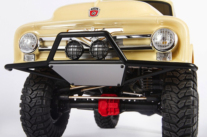 Axial: SCX10 II 1955 Ford 100 scaler