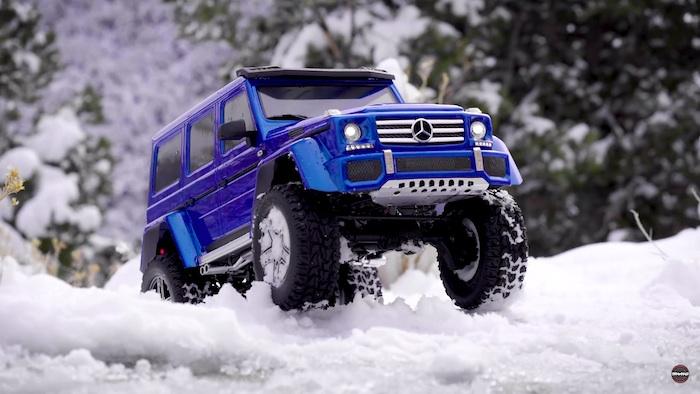 Traxxas: Mercedes-Benz G 500 4x4² - Winter Wonderland video