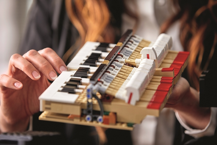 LEGO Ideas Grand Piano makes music set 21323