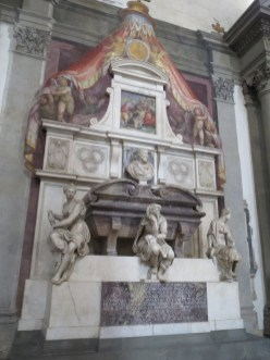 Better view of Michelangelo's tomb