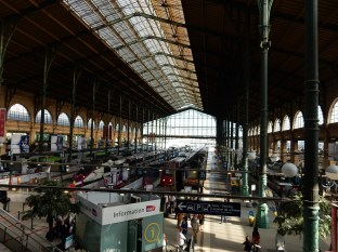 Made it to Gare du Nord - and we're up on the Eurostar processing queue