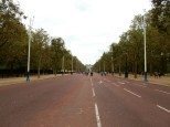 Walking along The Mall towards the Admiralty Arch
