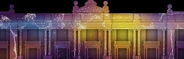 Tiyatro sahneleri yeni teknoloji sayesinde renkleniyor, canlanıyor. Tiyatro sahnesinde video tasarımı uygulaması ile sahne dekorlarını bir saniyede ve çok daha güçlü görüntülerle değiştirmek mümkün oluyor.