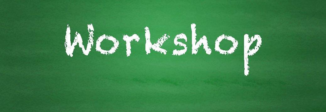 Grüne Tafel mit Schriftzug Workshop und Hinweis auf Präsentation Web- und SEO Basics