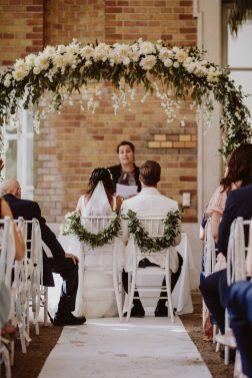 Emfpfehlung Hochzeitsplaner | Die HochzeitsHummel | Foto: Because of Light Photography