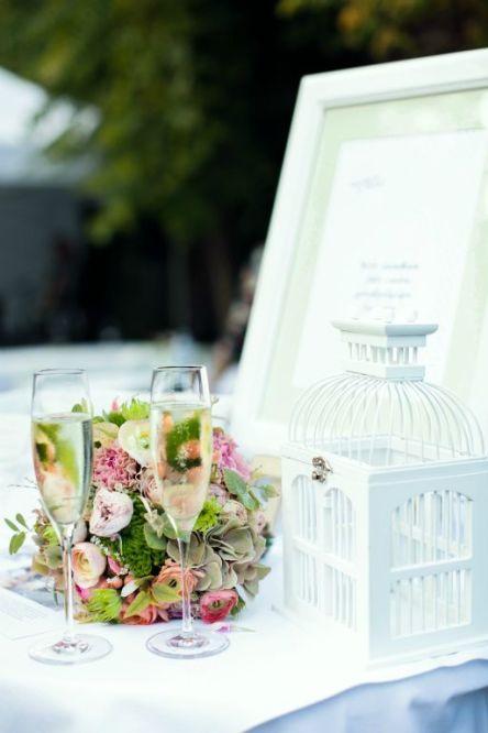 50ies wedding Vienna   www.hochzeitshummel.at   photo: peaches & mint