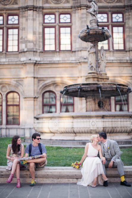 Heiraten in Wien! Burggarten Vienna Wedding   www.hochzeitshummel.at   photo: peachesandmint.com