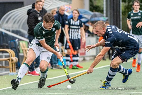 29-09-2019: Hockey: Mannen HDM v Cartouche: Den Haag Hockey Livera Hoofdklasse 2019 (L-R) Boris Stomps (Cartouche #11) en Niels Blaak (hdm #22)