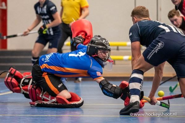 12-01-2020: Zaalhockey: Mannen Nieki Verbeek (Keeper Oranje-Rood #1)