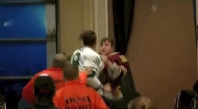 Chicago Wolves Tunnel Fight