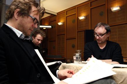 Andreas Fröhlich, Regisseur Martin Heindel, Rainer Bock; Bild: WDR/Sibylle Anneck