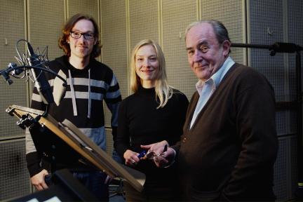 Regisseur Sven Stricker, Sandra Borgmann und Michael Prelle; Bild: NDR/Fritz Meffert