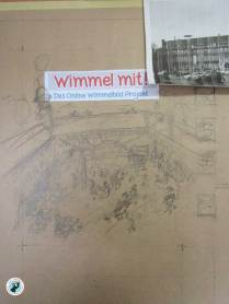 I decided to draw my wimmelpicture using the castle courtyard as a backdrop. Pencil on packing paper - rough draft