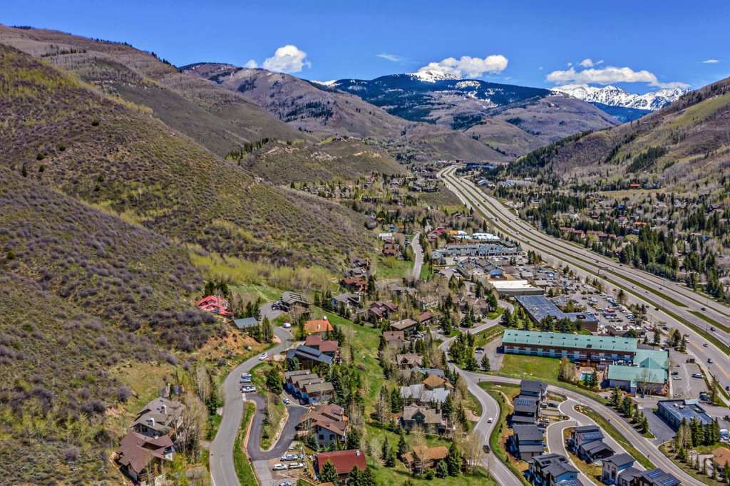 West-Vail-South