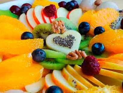 frutas-postre-rapido-de-yogur-casero-1