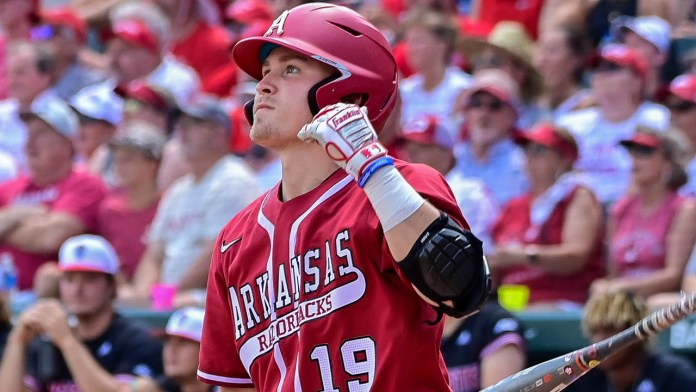 Welch says Hogs 'full of confidence,' despite dropping Saturday's game
