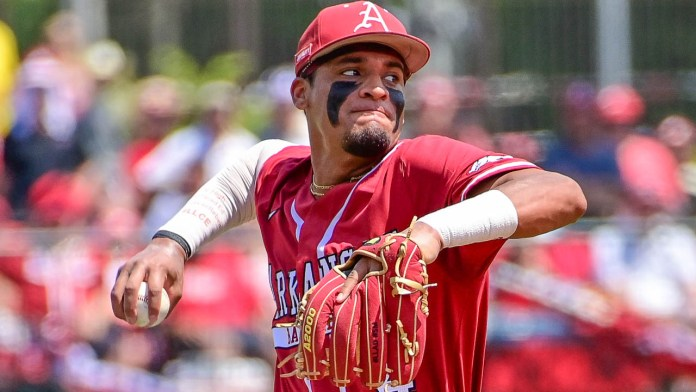 Before assuming trip to Omaha, remember Hogs started with 16-1 loss