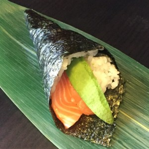 Temaki Salmon Avocado