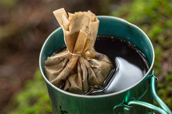 Holar - Blog - 4 Ways to Brew Best Coffee While Camping - Tea Bags