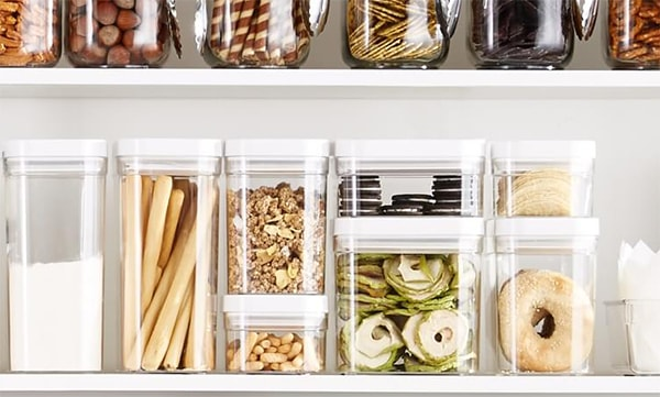 Holar - Blog - Acrylic vs Glass Which Food Canister is Best - Convenience Light Transmission Saving Space