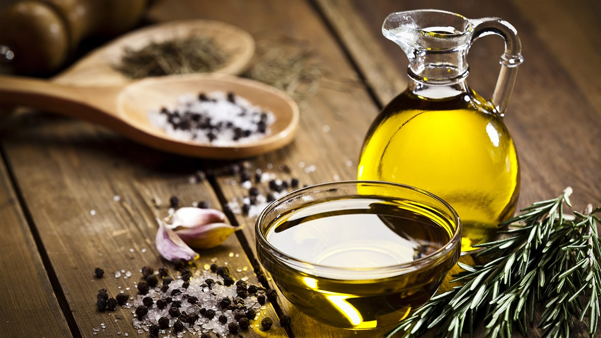 Holar - Blog - What are the uses for different edible oils when cooking - Cover